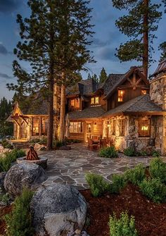 🌟Tante S!fr@ loves this📌🌟Tahoe cabin - Chalet House, Log Cabin Homes, Luxury Log Cabins, Dream House Exterior, Log Cabin Exterior, Luxury Homes Dream Houses, Mountain Homes, Mountain Cabins, Cabins And Cottages