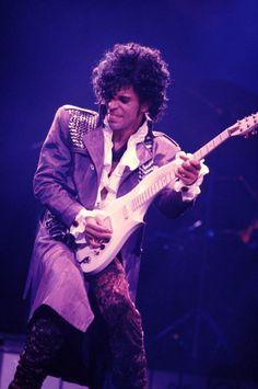The Ten Greatest Oscar Winners for Best Original Song: March 25, 1985 - 'Purple Rain'  by Prince (Best Score)