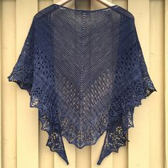 Amulet Shawl by Helen Stewart, knitted by yarnesty | malabrigo Sock in Alcaucil