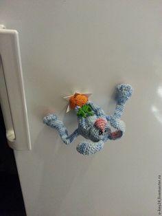 """Kup Lodówka magnes """"Hare-złodziej"""" szydełku zabawki. - Magnes na lodówkę, pamiątki i prezenty"""