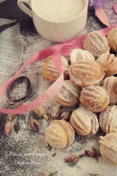 Image discovered by Dianu Andreea. Find images and videos about nuts cookies on We Heart It - the app to get lost in what you love. Romanian Desserts, Romanian Food, Food Cakes, Cupcake Cakes, Cake Recipes, Dessert Recipes, Italian Cookies, Mediterranean Recipes, Cake Cookies