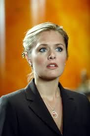 Maggie Lawson Burton Guster, Maggie Lawson, Psych Tv, Mystery Show, Shawn Spencer, Gorgeous Blonde, Tv Guide, Real Style, Classic Tv