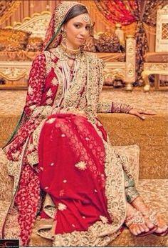 Red khada dupatta