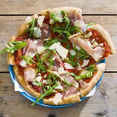 Recept - Pizza rauwe ham en rucola - Allerhande