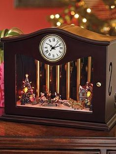 Delight your guests this holiday season with the Animated Musical Chime Skaters that features a musically enchanting display and festive LED lights.