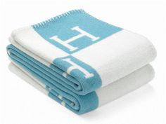 """Hermes Classic Blue & Cream Avalon """"H"""" Blanket. Get the lowest price on Hermes Classic Blue & Cream Avalon """"H"""" Blanket and other fabulous designer clothing and accessories! Shop Tradesy now Blanket Shawl, Plaid Blanket, Hermes Blanket, Hermes Home, Hermes Paris, Baby Shower Gifts, Baby Gifts, Hermes Online, Camping Blanket"""