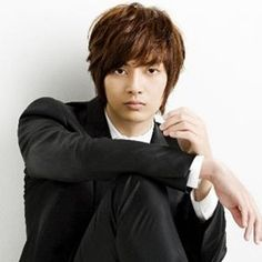 Kim Joon ~ Because he can beat 20 guys up at once, and never ruin his outfit Kim Joon, Kim So Eun, Boys Over Flowers, Boys Before Flowers, Flower Boys, Kim Bum, Asian Actors, Korean Actors, Korean Idols