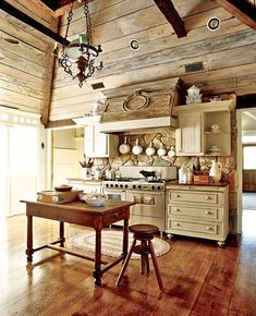 Multi-wood kitchen.
