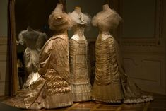 Movie reproduction gowns by Tirelli Costumi in Rome - Age of Innocence, the Beaufort Ball scene. Theatre Costumes, Movie Costumes, Cool Costumes, Amazing Costumes, Beautiful Costumes, The Age Of Innocence, Historical Costume, Historical Clothing, Vestidos