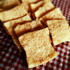 豆腐だけ♡レンチンで作れる「豆腐チップス」がめちゃウマ!