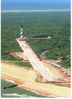 North Carolina, moving of the Cape Hatteras Lighthouse in 1999