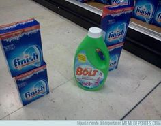 Funny pictures about Bolt crossing the finish line. Oh, and cool pics about Bolt crossing the finish line. Also, Bolt crossing the finish line. Easy Weight Loss, Healthy Weight Loss, Best Funny Pictures, Funny Photos, Funny Images, Usain Bolt, Dad Jokes, Corny Jokes, Good Fats