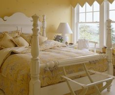 yellow bedroom color ideas. I Love The Entire House From Link But ADORE This Cozy Yellow Bedroom  LOVE Decorating Ideas For Yellow Bedrooms Traditional Calming And Room