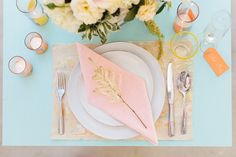 Breezy tablescape styled by GatherEvents.com shot by TheWhyWeLove.com