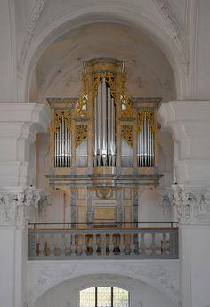 Bellelay - Schweiz, Bern Ehemalige Abteikirche, Chororgel - Orgelbau Kuhn AG