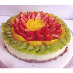 Cheesecake de Mora cubierto de Frutas! Pídelo al (1) 625 1684 en Bogotá - #SoSweet #PastryShop #Repostería #PasteleríaArtesanal www.SoSweet.com.co