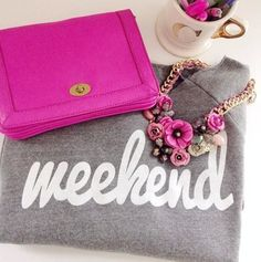 Cute weekend sweatshirt & pops of pink!