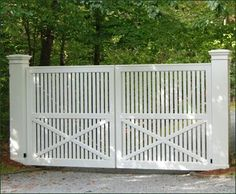 Yorktown Entrance Gate from Walpole Outdoors. Browse our large selection of wood, solid cellular PVC and vinyl driveway, estate and walkway gates. Front Gates, Entrance Gates, House Entrance, House Gate Design, Fence Design, Walpole Outdoors, Modern Entrance, Driveway Entrance, Wooden Gates