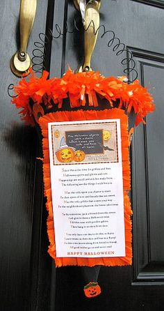 Halloween Boo Poems and Signs #Halloween #holiday  http://leladavidson.hubpages.com/hub/Halloween-Boo-Poems-and-Signs