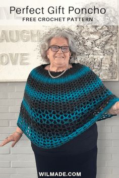 The Perfect Gift Poncho is a free crochet pattern for beginners. The poncho is made with Lionbrand Scarfie yarn and you'll need less than 2 skeins. Crochet Wrap Pattern, Crochet Poncho Patterns, Crochet Patterns For Beginners, Crochet Shawl, Crochet Stitches, Free Crochet, Knit Crochet, Knitting Patterns, Tutorial Crochet