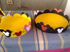Fiesta Mickey Mouse, Mickey Mouse Bday, Mickey Party, Mickey Mouse And Friends, Mickey Minnie Mouse, Birthday Crafts, Birthday Party Themes, Candy Bar Decoracion, Mickey First Birthday
