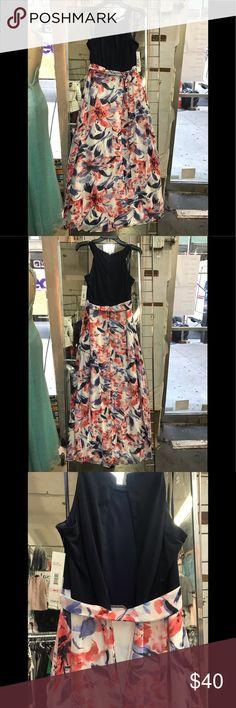 1a7d0db6f5e4 Chetta B dress long Mixed Media Maxi,navy/red.NWT About this item