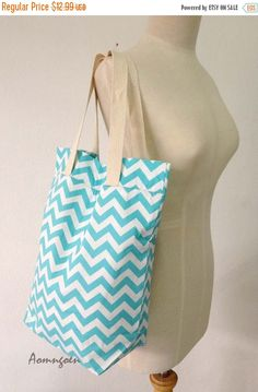 Fall sale For beach tote bridesmaid gift idea by Aomngoen on Etsy