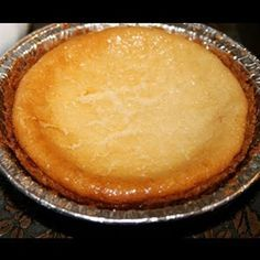 Cheesecake : 2 Philadelphia cream cheese , 1 can condensed milk, 2 eggs, 1 tablespoon vanilla, cinnamon and 2 tablespoons little Greek yogurt at 350 F for 40 to 45 minutes or at 392 F for 25 to 30 minutes. Authentic Mexican Recipes, Mexican Food Recipes, Mexican Cheesecake Recipe, Cheesecake Cake, Jello Recipes, Pie Recipes, Sweet Recipes, Köstliche Desserts, Delicious Desserts