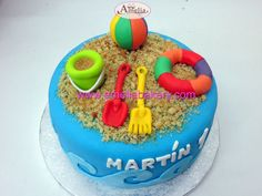 Tarta juegutes playa #tartas #tartasfondant #fondant #personalizadas #pasteles #ameliabakery #infantiles #playa