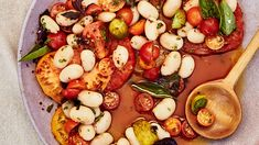 Big Beans and Tomato Vinaigrette If you soak the beans overnight before cooking this buttery bean salad, it will help them cook more quickly and evenly. Tomato Vinaigrette Recipe, Tomato Salad, Tomato Recipe, Vinaigrette Dressing, Beefsteak Tomato, How To Cook Beans, Butter Beans, Beef Steak, Bon Appetit