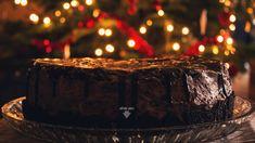 Tort cu crema de Oreo si glazura de ciocolata