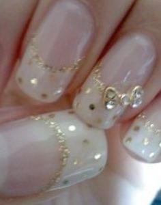 Christmas Nails Art - Diamonds and Pearls - Click pic for 25 Christmas Holiday Crafts DIY