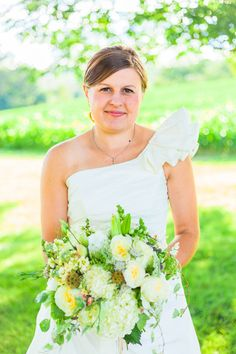 Harmony Harvest Farm - Virginia Florists - Organic and bright white, yellow and green wedding bouquet