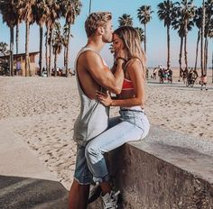 Enhance Intimacy - Learning To Set Boundaries - Travel Couple Cute Couples Photos, Cute Couple Pictures, Cute Couples Goals, Romantic Couples, Couple Pics, Couple Ideas, Couple Stuff, Romantic Gifts, Couple Goals Relationships