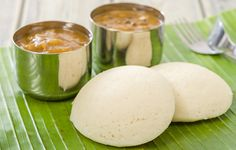 Do you know that the breakfast dishes from south India are a combination of taste and health? Here are 18 delicious south Indian breakfast recipes for you to check out South Indian Vegetarian Recipes, South Indian Breakfast Recipes, South Indian Food, Vegan Breakfast Recipes, Breakfast Dishes, Indian Food Recipes, Vegetarian Food, Veg Recipes, Cooking Recipes