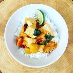 Vegan Thai Red Curry - Messy Veggies