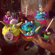 Cupcake Monsters made by guests at Cupcake Zombie Cupcake Party #amandacupcake