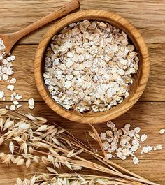 As every knows Oats are very good for health. It is one the healthiest and easilyavailable food. One can simply include oats in their diet for many good reasons. Oats arevery rich in nutrients, fiber … Oatmeal For Skin, Oatmeal Water, Water Benefits, Health Benefits, Lower Cholesterol, Diet Tips, Home Remedies, Lose Belly Fat, Essen
