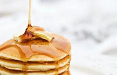 Ένα εύκολο και γρήγορο γλυκό που αγαπούν μικροί και μεγάλοι. Οι τηγανίτες ή αλλιώς pancakes είναι η ιδανική συνταγή για να συνοδέψει το πρόγευμα του Σαββατοκύριακου. Υλικά(υλικά για 12 μερίδες) 1 φλιτζάνι...