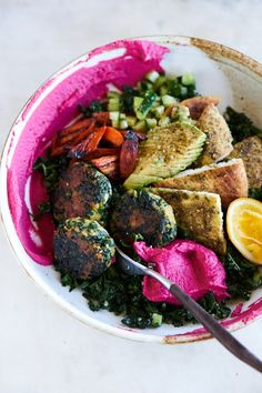 All star Homemade Falafel Bowl 101 Cookbooks - Buddha bowl rezepte Whole Food Recipes, Dinner Recipes, Vegetarian Recipes, Healthy Recipes, Cooking Recipes, Comfort Food, Roasted Cauliflower, Entrees, A Food