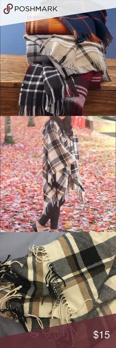 Perfect for fall plaid blanket scarf Perfect condition | uniqlo blanket scarf      Consider all offers ✔️ Model per request ✔️ Sell on Ⓜ️✔️ Trade? ❌ Uniqlo Accessories Scarves & Wraps