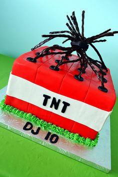 Minecraft TNT Cake By Simply Sweet Creations (www.simplysweetonline.com)