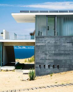 MÜLLER house by TIDY architects, located on the coast in the city Tunquén in Chile.