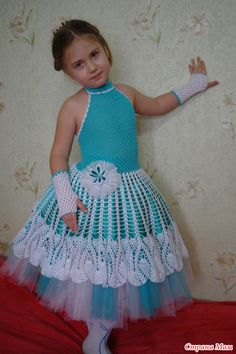 Новогоднее платье крючком для девочек