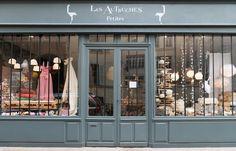 LES AUTRUCHES.  32 rue Boulard - 75014 Paris Tél. : 01.43.20.23.62 Métro : Denfert Rochereau Mardi – Samedi : 11h-14h 15h30-19h  Dimanche : 11h15-13h15