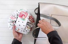 New Video: Round Drawstring Makeup Bag and Happy National Bias Tape Day – The Renegade Seamstress Sewing Patterns Free, Free Sewing, Baby Sewing, Free Pattern, Purse Patterns, Skirt Patterns, Pattern Sewing, Pattern Drafting, Blouse Patterns