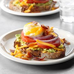 15 Recipes Inspired by Chip and Joanna Gaines' Restaurant, Magnolia Table Egg topped avocado toast Mothers Day Breakfast, Mothers Day Brunch, Chip Y Joanna Gaines, Chip Gaines, Brunch Recipes, Breakfast Recipes, Breakfast Ideas, Brunch Food, Brunch Dishes