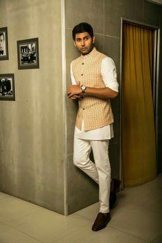 Indian Wedding Suits Men, Sherwani For Men Wedding, Mens Indian Wear, Mens Ethnic Wear, Indian Groom Wear, Wedding Dress Men, India Fashion Men, Indian Men Fashion, Mens Fashion Suits