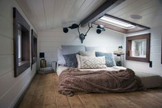 A collection of tiny house sleeping lofts, a place to dream under the stars. These bedrooms are made to relax to get a good night sleep. Tiny House Loft, Tiny House Living, Tiny House Design, Small Living, Home And Living, Tiny House Movement, Lofts, Tiny House Nation, Sleeping Loft
