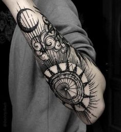 Forearm Tattoos Ideas - Forearm Tattoos Designs with Meaning - Tattoo Ideen - Tatoo Ideen Cool Forearm Tattoos, Forearm Tattoo Design, Body Art Tattoos, New Tattoos, Cool Tattoos, Tatoos, Maori Tattoos, Dragon Tattoos, Outer Forearm Tattoo